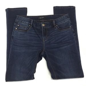White House Black Market  Blue Jeans Slim 2S
